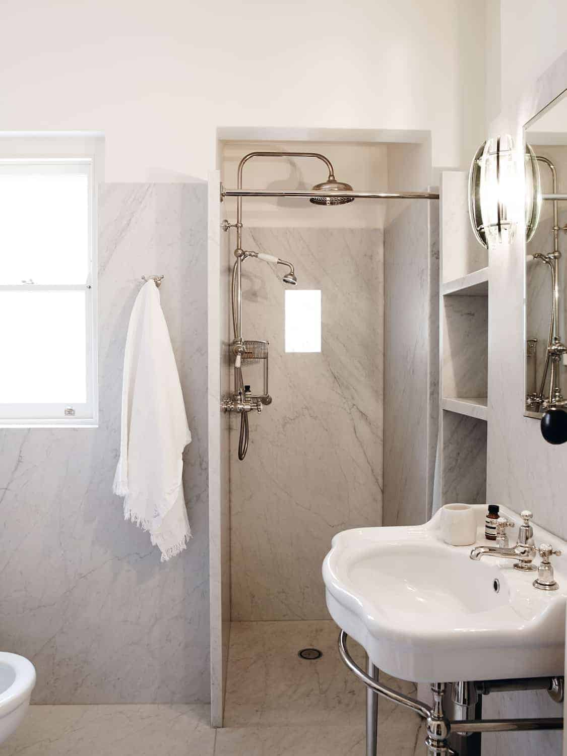 PROJECTS-GAELFORCE-BASINS-AND-WASHSTANDS-SILVER-NICKEL-EMPRESS-BASIN-THERMO-GRAND-EXPOSED-SHOWER